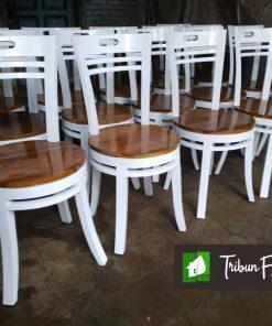 kursi cafe dan kursi makan mundar
